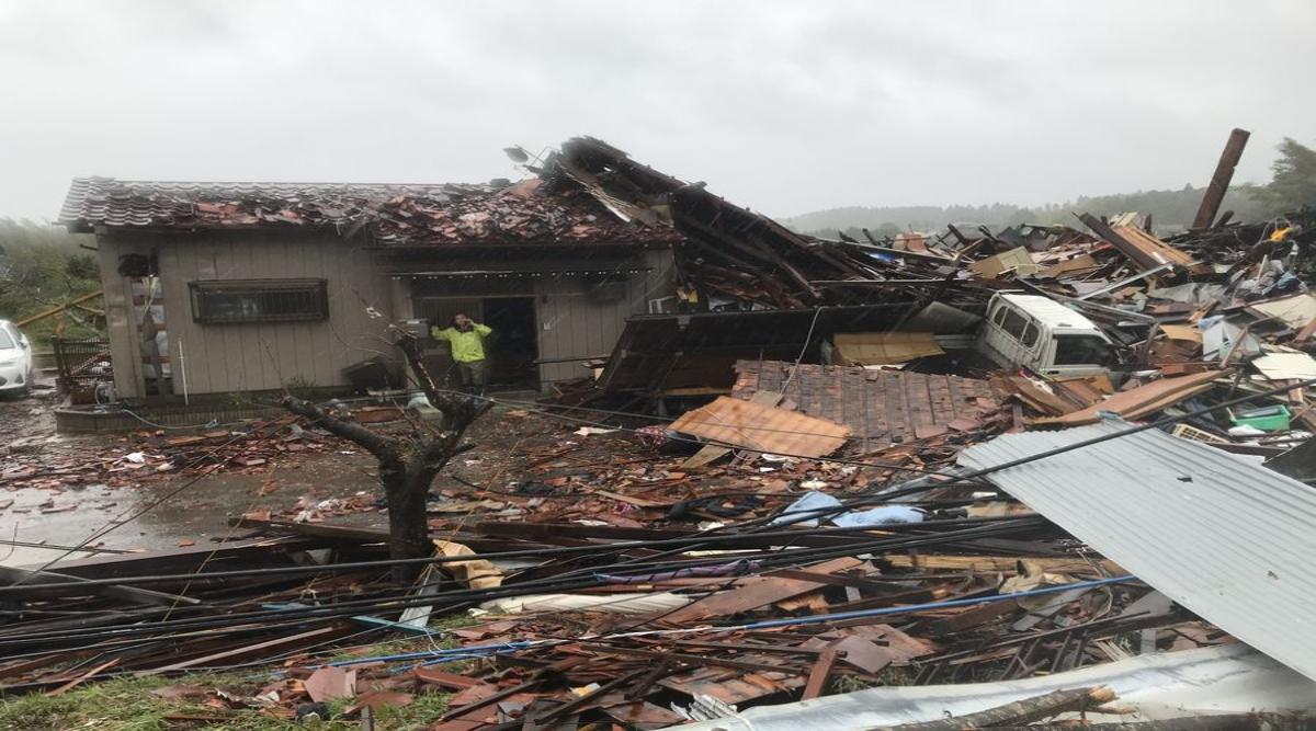 जापान में हेजिबीस तूफान मचाया कोहराम, खोज और बचाव अभियान जारी, पुलिस और दमकल विभाग के साथ सेल्फ-डिफेंस फोर्स भी हुई सक्रिय