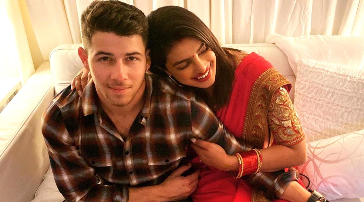 प्रियंका चोपड़ा ने मनाया अपना पहला करवा चौथ, पति निक जोनस के साथ शेयर की ये रोमांटिक फोटो