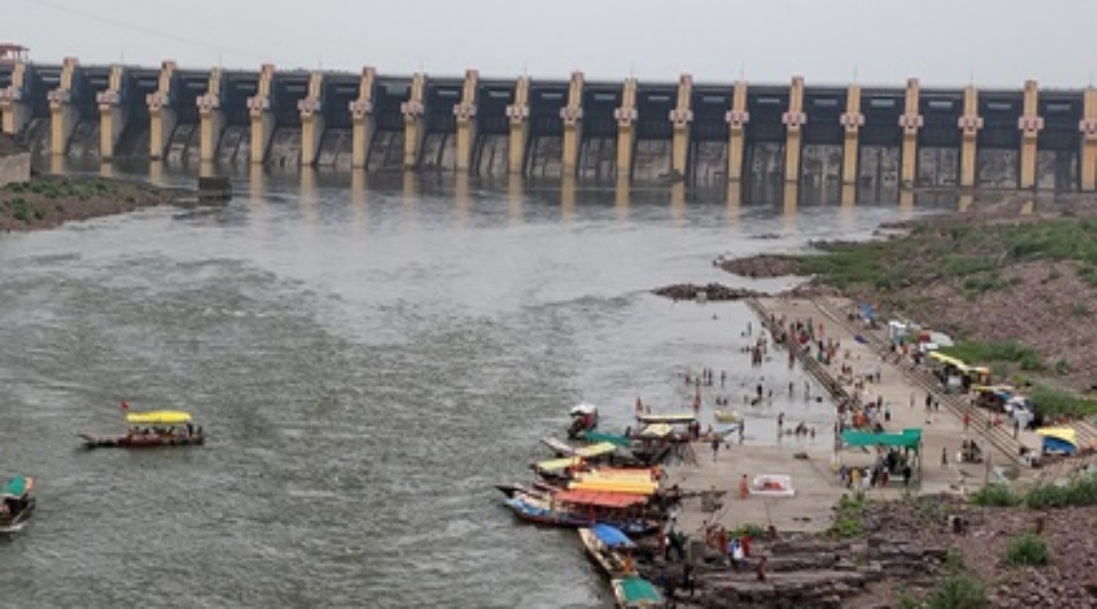 मध्यप्रदेश: ओंकारेश्वर बांध से प्रभावित दो हजार से ज्यादा परिवारों के लिए इस बार की दिवाली काली
