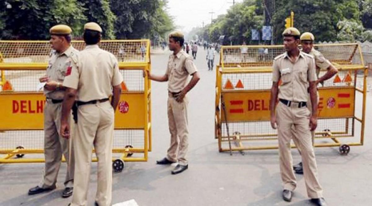 Diwali 2019: कालीपूजा और दिवाली पर कोलकाता में पांच हजार पुलिसकर्मियों को किया गया तैनात, बढ़ाई गई सुरक्षा