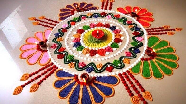 Diwali 2019 Rangoli Designs: दिवाली पर रंगोली बनाना है शुभता का प्रतीक, आसान तरीको से बनाएं कलरफूल रंगोली डिजाइन, देखें वीडियो