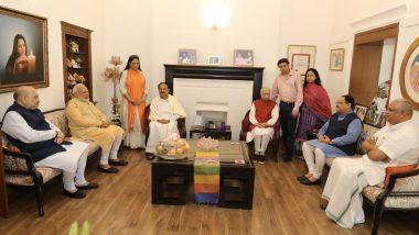 92 के हुए लाल कृष्ण आडवाणी, PM मोदी, अमित शाह और उपराष्ट्रपति वेंकैया नायडू ने मुलाकात कर दी बधाई