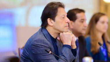 विदेशों की यात्रा में मसरूफ़ इमरान खान के नए पाकिस्तान में रोटी का संकट, जानें वजह