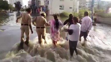 बेंगलुरु: हुलीमावु झील में दरार पड़ने से घरों में घुसा पानी, देखें तस्वीर