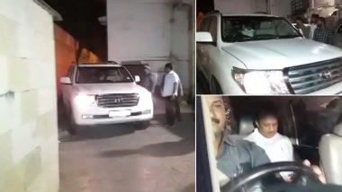 महाराष्ट्र: चाचा शरद पवार से मिलने उनके घर पहुंचे अजित पवार, सुप्रिया सुले भी मौजूद