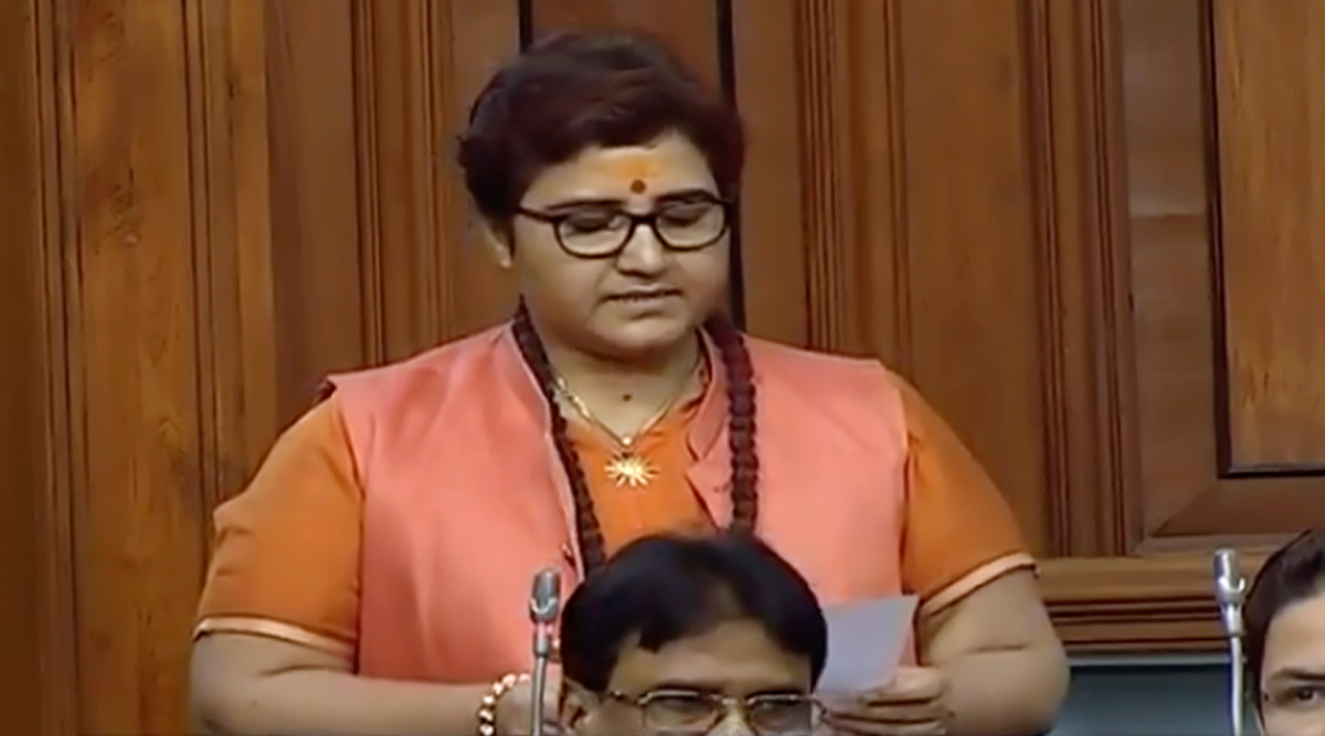बीजेपी सांसद प्रज्ञा सिंह ठाकुर ने नाथूराम गोडसे टिप्पणी के लिए लोकसभा में दुबारा मांगी माफी