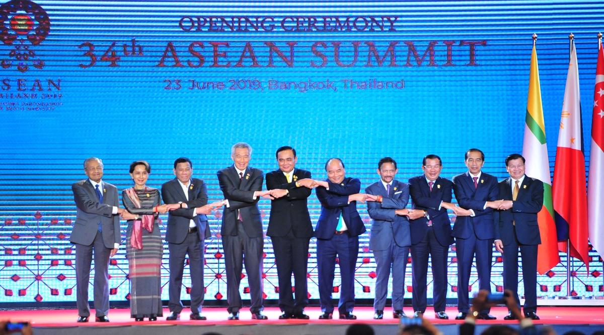 बैंकॉक में आसियान का वार्षिक शिखर सम्मेलन शुरू, बैठक में कई देशों के नेता पहुंचे