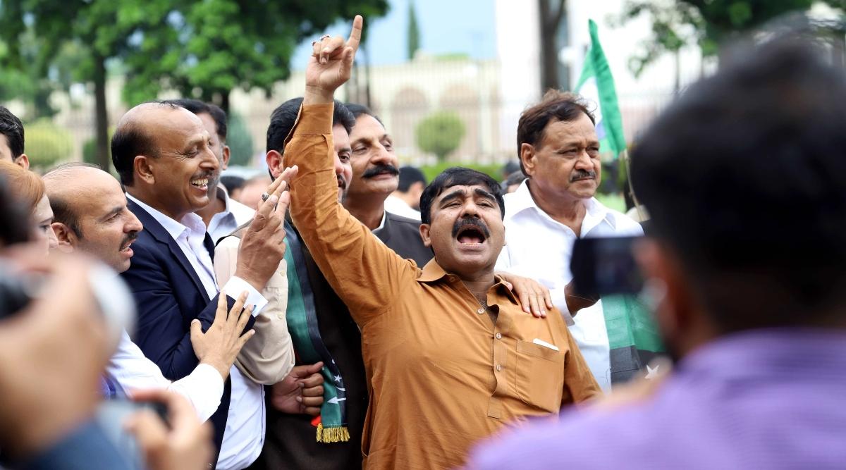 आजादी मार्च: पाकिस्तान मुस्लिम लीग-नवाज और पाकिस्तान पीपल्स पार्टी धरने में नहीं होंगे शमिल