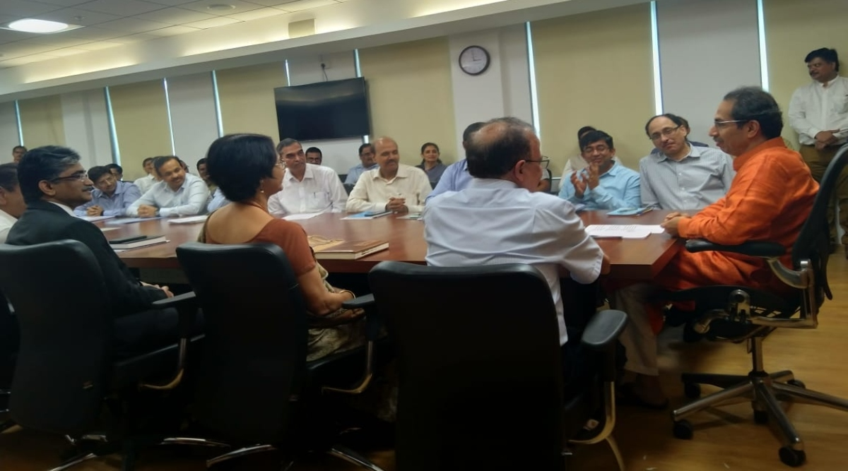 महाराष्ट्र : CM उद्धव ठाकरे ने औपचारिक रूप से मुख्यमंत्री का संभाला कार्यभार, बी.आर.आंबेकर और छत्रपति शिवाजी महाराज को अर्पित की पुष्पांजलि