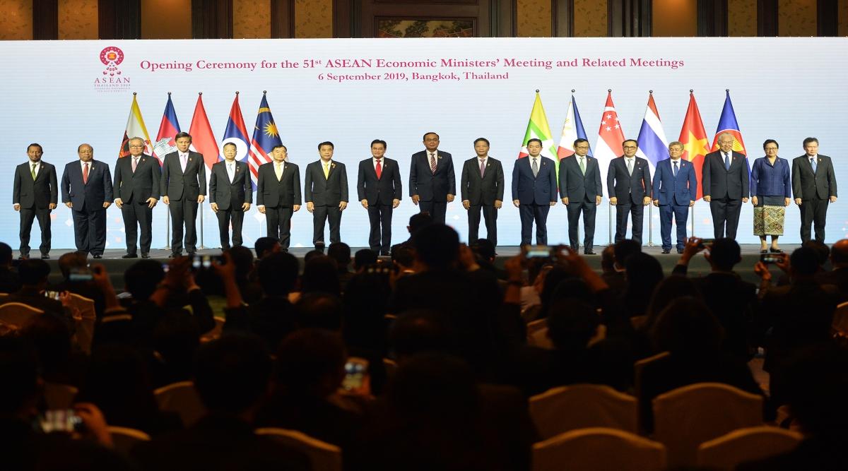 बहुराष्ट्रवाद और कनेक्टिविटी पर फोकस के साथ 35वां आसियान सम्मेलन शुरू