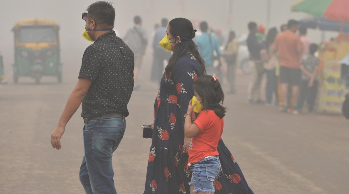 Delhi Pollution: दमघोंटू प्रदूषण से खुद को सुरक्षित रखने के लिए अपनाएं ये टिप्स, सरकार के सुझाव भी कारगर