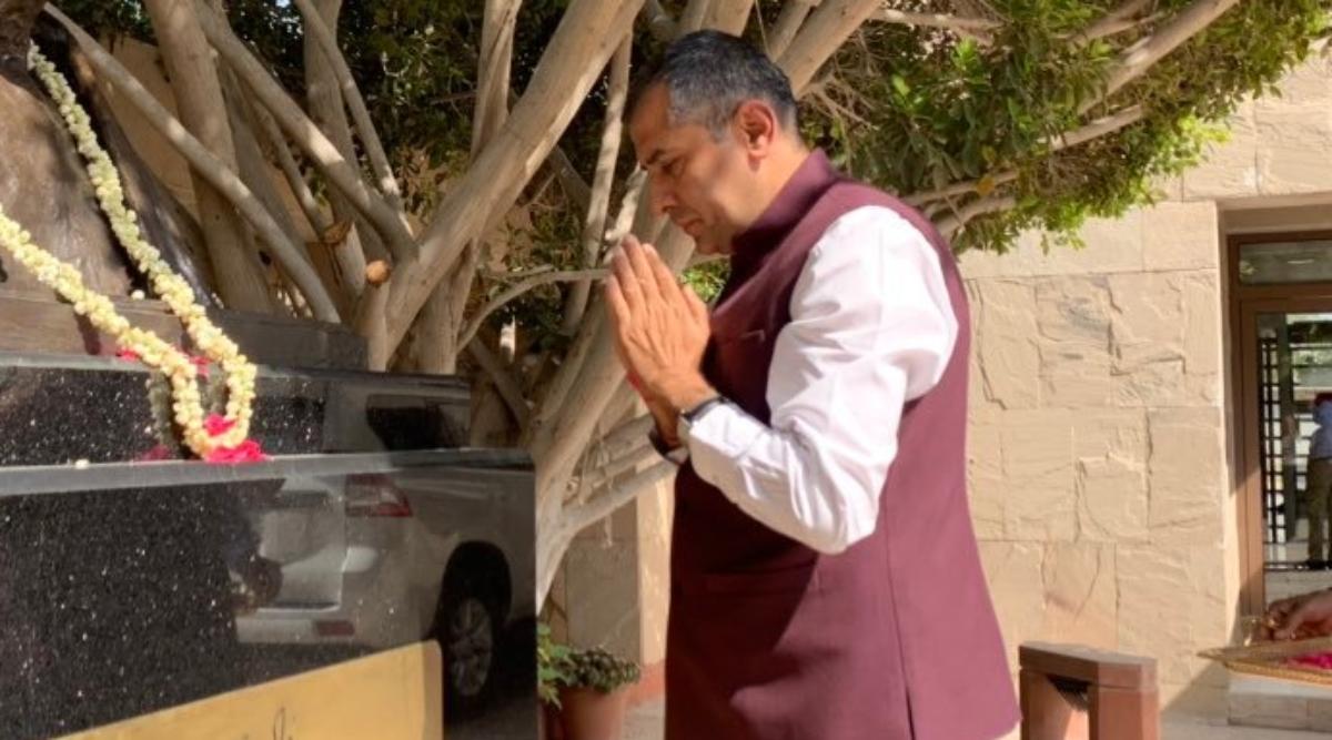 संयुक्त अरब अमीरात में भारत के नए राजदूत पवन कपूर ने संभाला कार्यभार
