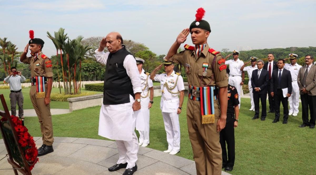 केंद्रीय रक्षा मंत्री राजनाथ सिंह ने क्रांजी युद्ध स्मारक का किया दौरा, द्वितीय विश्वयुद्ध में मारे गए लोगों को दी श्रद्धांजलि