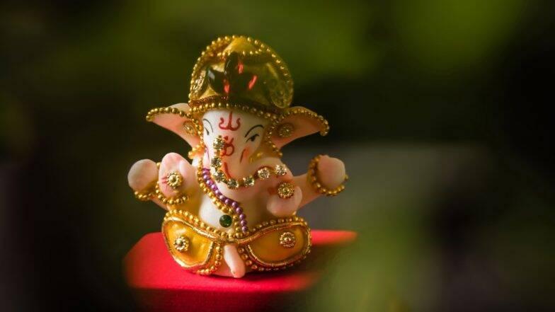 Sankashti Chaturthi 2019: आज है संकष्टी चतुर्थी, व्रत में इन बातों का रखें ध्यान, जानें शुभ मुहूर्त और पूजा विधि