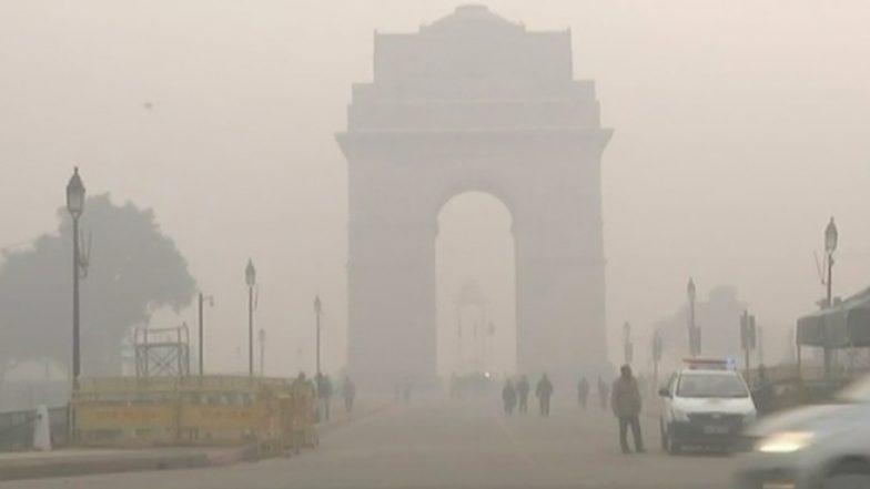 राजधानी में प्रदूषण बेहद गंभीर श्रेणी में बरकरार, दिल्ली-एनसीआर में गैस चैंबर जैसे खतरनाक हालात