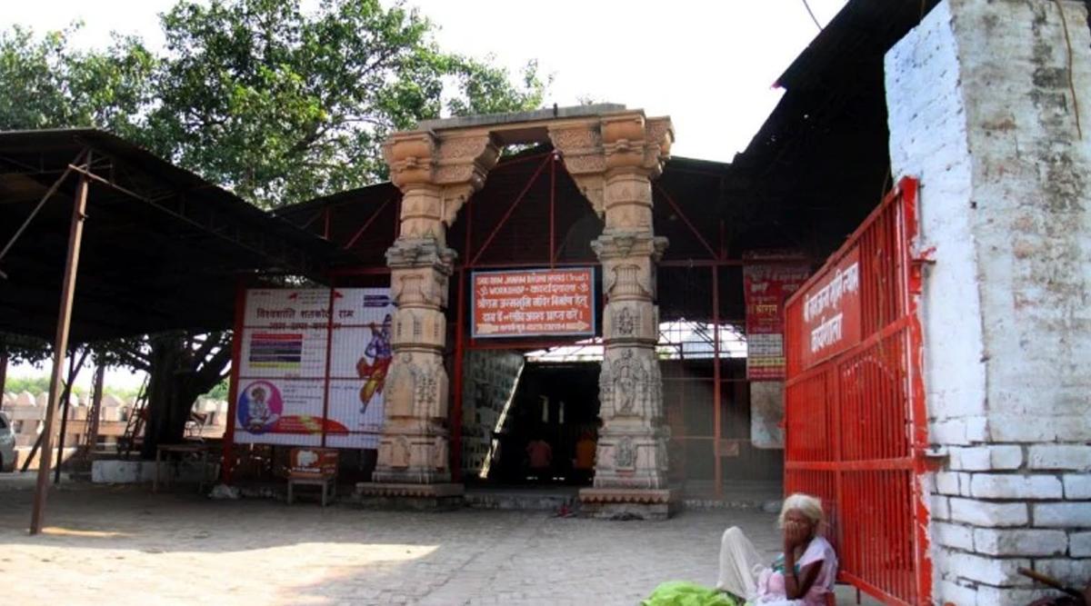 राम जन्मभूमि-बाबरी मस्जिद मामला: अयोध्या विवाद पर फैसले के मद्देनजर लखनऊ महोत्सव जनवरी के तीसरे सप्ताह तक के लिए टला