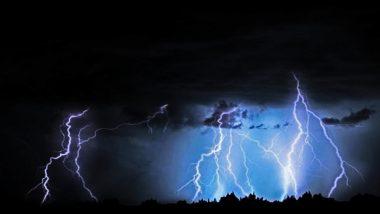 पाकिस्तान में भारी बारिश के बाद गिरी आकाशीय बिजली, हादसे में 20 लोगों की हुई मौत