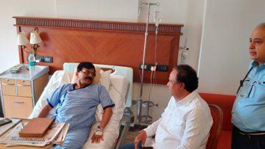 महाराष्ट्र में सियासी घमासान तेज, सस्पेंस के बीच लीलावती हॉस्पिटल में बीजेपी नेता आशीष शेलार ने संजय राउत से की मुलाकात