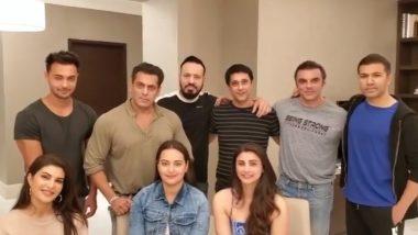 सलमान खान ने 'दबंग' टीम के साथ गाया गाना,सूरज पंचोली को 'सॅटॅलाइट शंकर' के लिए दी बधाई, देखें Viral Video