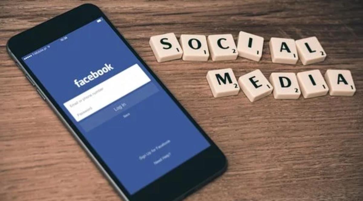 फेसबुक को मैसेंजर और व्हाट्सएप के जरिए हर महीने मिलती हैं 5 लाख रिवेंज पोर्न शिकायतें
