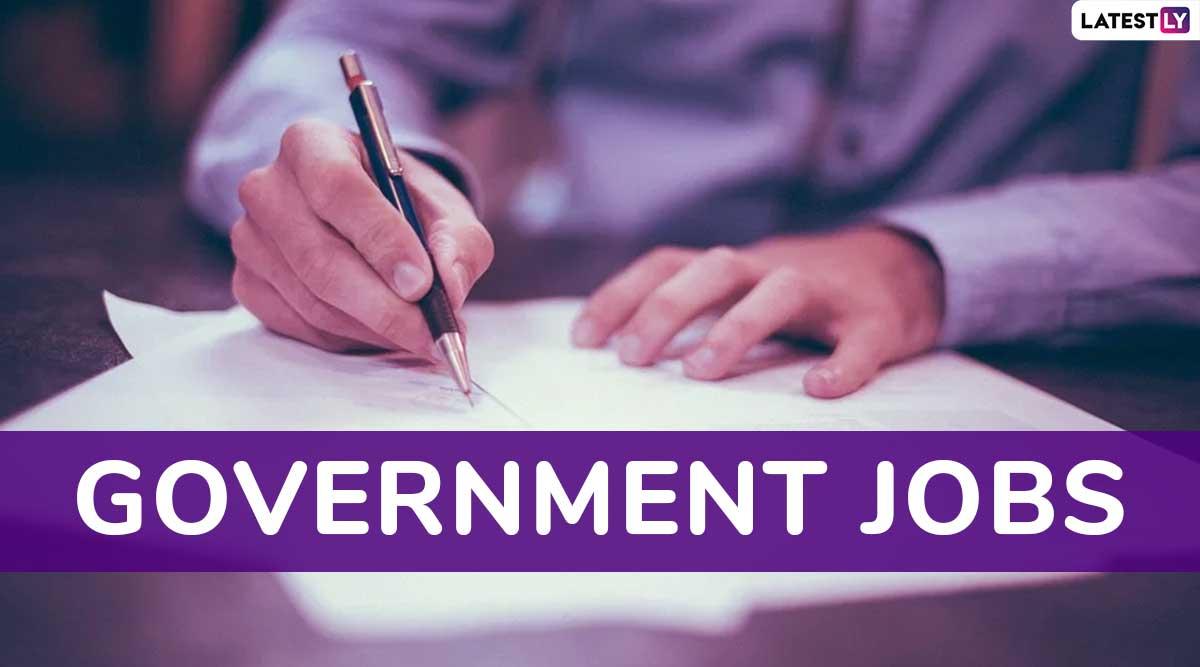 7th Pay Commission News: रेलवे में क्लर्क के पदों पर निकली वैकेंसी, 12वीं पास युवा अभी rrccr.com पर करें अप्लाई