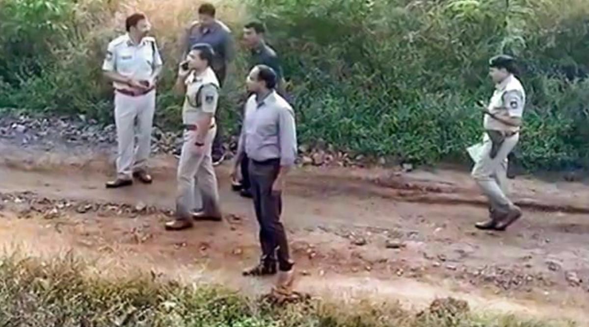 हैदराबाद एनकाउंटर: सुप्रीम कोर्ट में पुलिस के खिलाफ याचिका दायर, गाइडलाइन नहीं मानने का आरोप