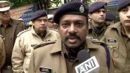CAA पर बवाल: दिल्ली पुलिस ने कहा- बस में आग लगाने की खबर झूठी, हमने पानी की बोतलों से बुझाई आग
