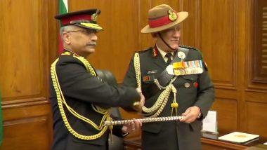 मनोज नरवणे बने देश के 28वें आर्मी चीफ, बिपिन रावत की मौजूदगी में संभाला पदभार