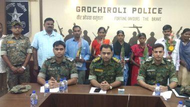 महाराष्ट्र के गढ़चिरौली में 5  नक्सलियों ने किया सरेंडर, 27 लाख रुपये का था इनाम, तीन महिलाएं भी शामिल