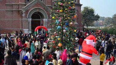 पाकिस्तान: ईसामसीह के जन्मदिवस के मौके पर देशभर में मनाया गया क्रिसमस, चर्चो के बाहर तैनात किए गए सुरक्षाबल