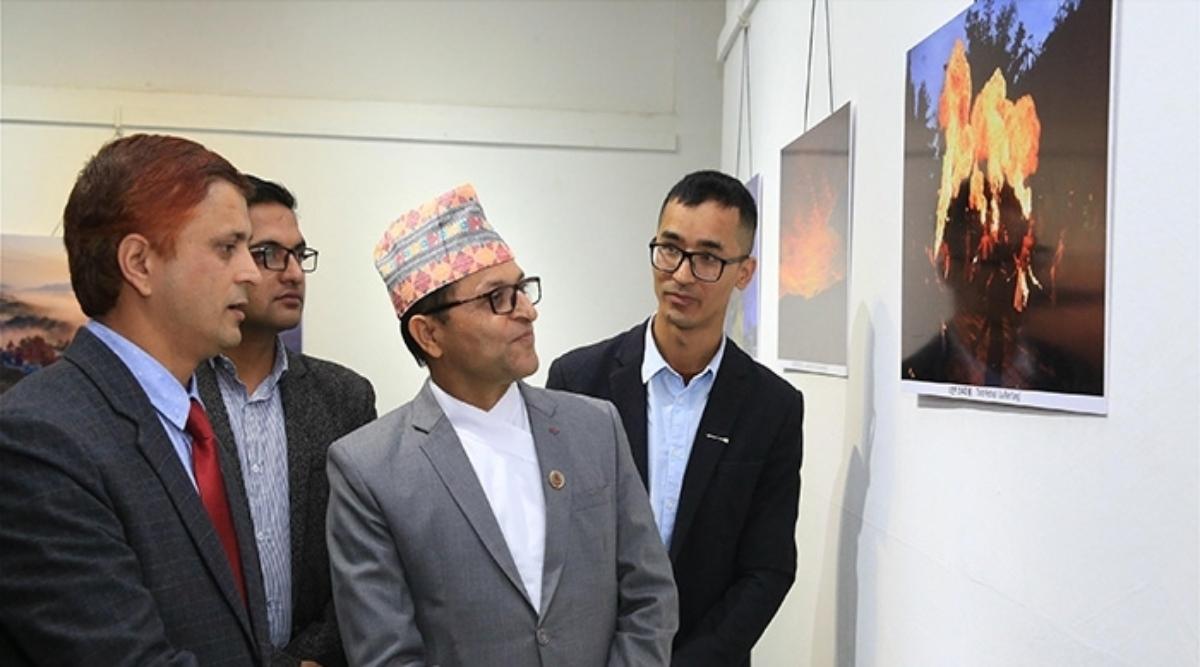 नेपाल के कला समिति में 'रंगबिरंगे युन्नान की सैर' शीर्षक फोटो प्रदर्शनी का हुआ उद्घाटन