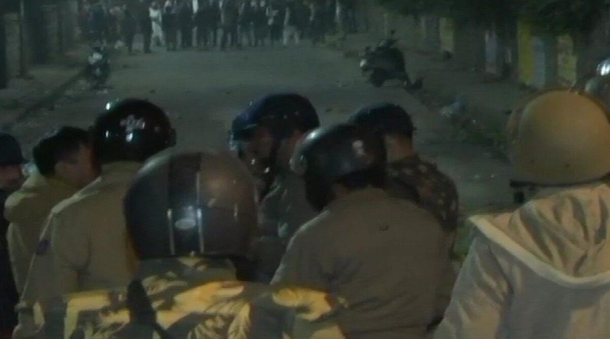 CAA Protest: जामिया हिंसक प्रदर्शन मामले में गिरफ्तार व्यक्ति को 3 दिन की न्यायिक हिरासत में भेजा गया