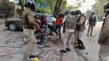 नागरिकता कानून को लेकर विरोध जारी, यूपी पुलिस ने प्रदेश में धारा 144 लगाने के साथ ही सभाओं पर लगाई रोक
