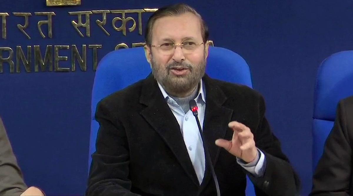 केंद्रीय मंत्री प्रकाश जावड़ेकर ने कहा- गरीब परिवार में जन्में मोदी कैसे पीएम बन गए, इसे लेकर दुखी है कांग्रेस
