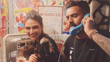 क्रिकेटर के एल राहुल ने टेलीफोन बूथ में अथिया शेट्टी के साथ पोस्ट की फोटो, अब सेलिब्रिटीज भी ले रहे चुटकी