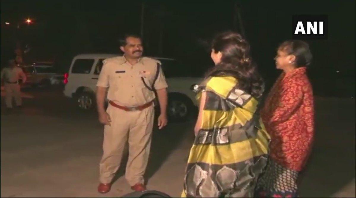 कर्नाटक: पुलिस ने रात 10 से सुबह 6 बजे के बीच महिलाओं के लिए शुरू की फ्री ड्रॉप सर्विस, कॉल कर महिलाएं ले सकेंगी इस सुविधा का लाभ