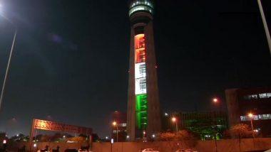 दिल्ली: इंदिरा गांधी अंतरराष्ट्रीय हवाई अड्डे पर एटीसी टॉवर गणतंत्र दिवस से पहले तिरंगे लाइट्स से जगमगाया