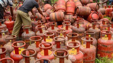 New Year के पहले दिन जनता को मिला महंगाई का डोज, घरेलू गैस सिलिंडर के दाम में 19 रुपये का इजाफा