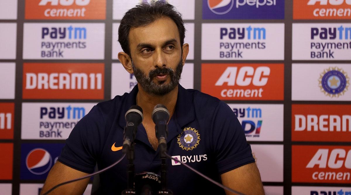 विक्रम राठौर ने कहा- टीम के लिए अच्छा है शिखर धवन और लोकेश राहुल के बीच की प्रतिस्पर्धा