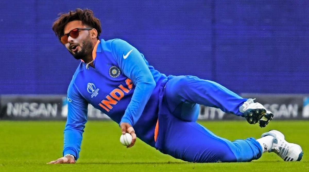 Ind vs Aus 2nd ODI 2020: दूसरे वनडे मैच से चोटिल खिलाड़ी ऋषभ पंत हुए बाहर, तीसरे मैच में भी सस्पेंस बरकरार