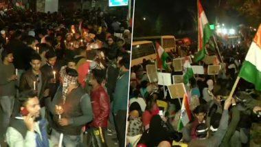 सीएए-एनपीआर और एनआरसी का विरोध: जामिया मिलिया से लेकर शाहीन बाग तक लोगों ने निकाले कैंडल मार्च