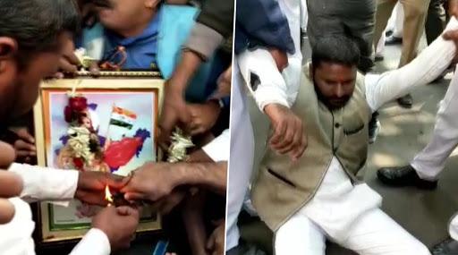पश्चिम बंगल: पुलिस और बीजेपी कार्यकर्ताओं के बीच झड़प, गणतंत्र दिवस पर 'भारत माता' की पूजा करने से रोका