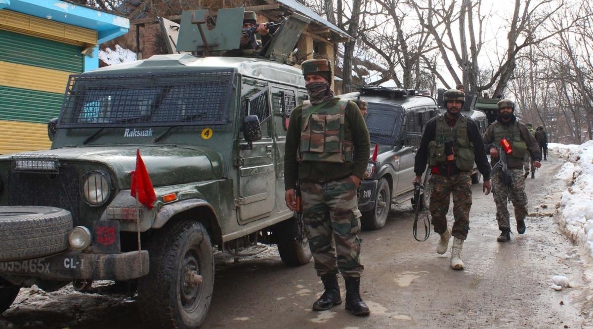 जम्मू-कश्मीर: कुलगाम में सुरक्षाबलों ने हिजबुल मुजाहिदीन के चारों आतंकियों को किया ढेर