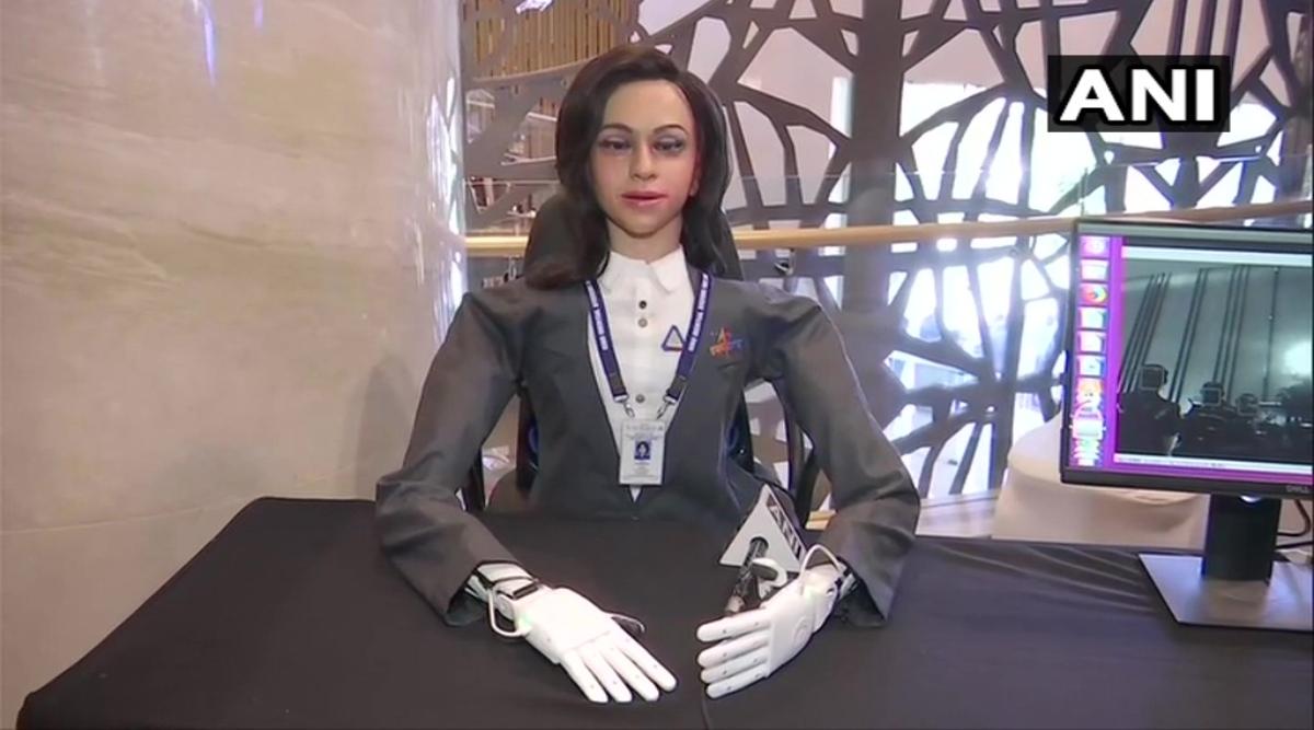 गगनयान मिशन: ISRO ने की इंसानों से पहले महिला रोबोट 'व्योममित्र' को भेजने की तैयारी, देखें पहली झलक
