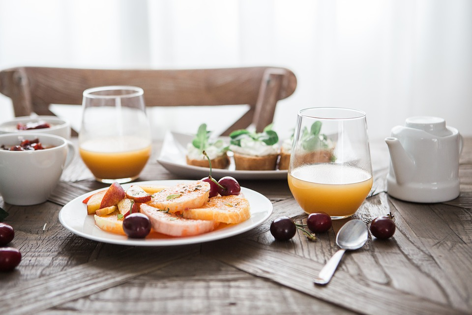 सुबह की हेल्दी शुरुआत के लिए ब्रेकफास्ट में शामिल करें ये 5 चीजें, सेहत को होंगे कमाल के फायदे