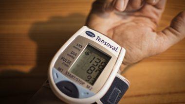 हाई ब्लड प्रेशर के मरीजों के लिए जहर के समान हैं ये 7 चीजें, इनसे दूरी बना लेना ही है सेहत के लिए बेहतर