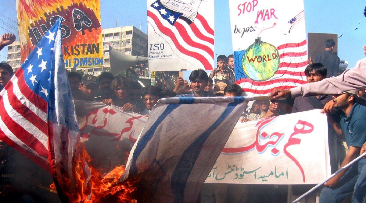 कासिम सुलेमानी की हत्या: अमेरिकी दूतावास ने पाकिस्तान में रहने वाले अपने नागरिकों के लिए जारी की एडवाइजरी, कहा-पाक में है खतरा