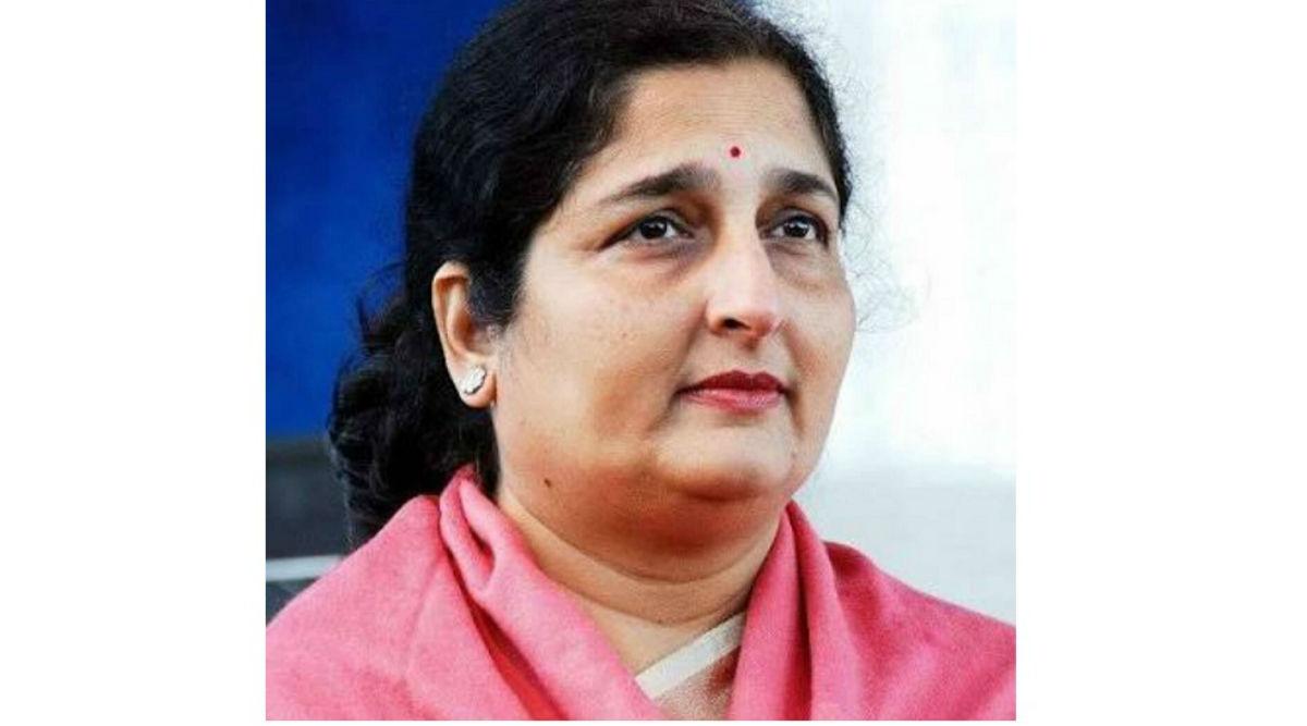 केरल की महिला ने अनुराधा पौडवाल को बताया अपनी मां, भड़कीं सिंगर ने कहा- बकवास की बातों पर मुझे सफाई नहीं देना