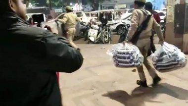 उत्तर प्रदेश: CAA के विरोध प्रदर्शन के बीच कार्रवाई करने पहुंची पुलिस ने जब्त किए प्रदर्शनकारियों के कंबल, ट्विटर पर ट्रेंड हुआ #कम्बल_चोर_यूपी_पुलिस
