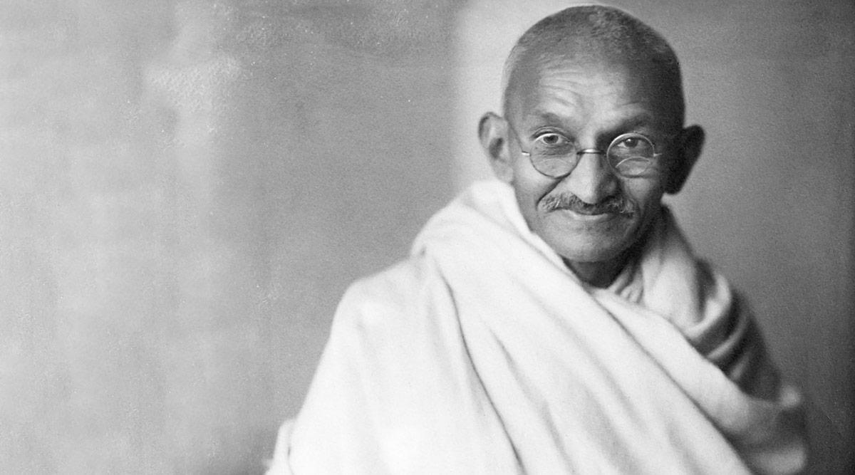 महात्मा गांधी पुण्यतिथि: इन खूबसूरत गीतों के साथ बापू की सीख और सिद्धांतों को करें याद, देखें Video